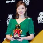 白石麻衣が読者の憧れの女性「ananAWARD 2020」ミューズ賞受賞